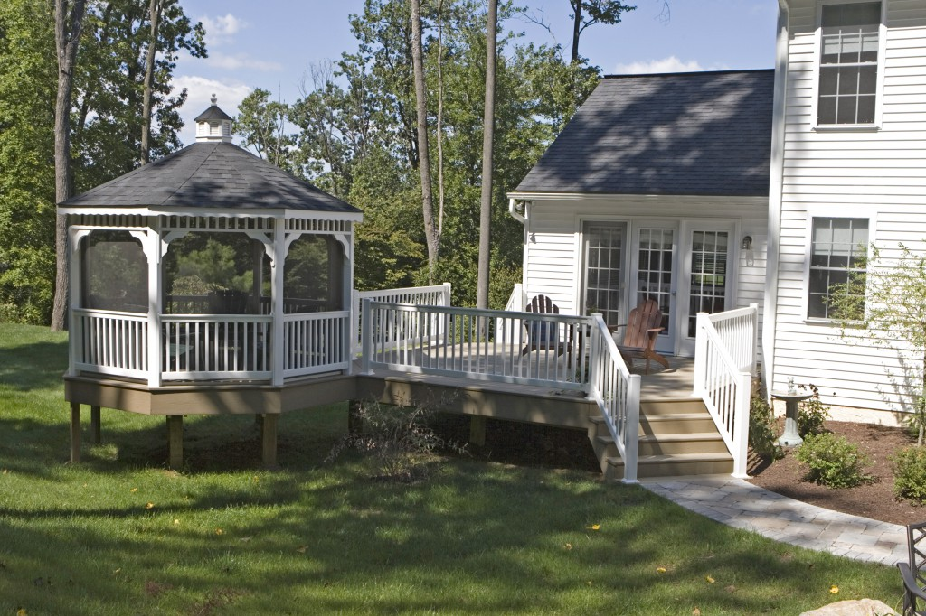 Deck gazebos vinyl gazebo deck craft plus llc for Deck with gazebo