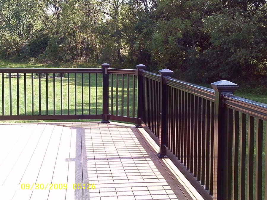 Spring city deck installers clubhouse decking deck for Decks plus